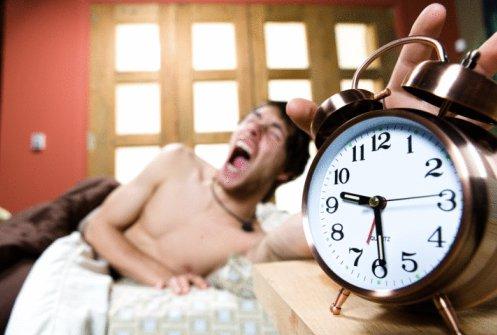 目覚まし時計のスヌーズ機能は体に悪い?ダイエットへの悪影響も!